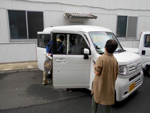 N-VAN L・SENSING 2WD AT ナビスペシャル それでも結構な人気です。