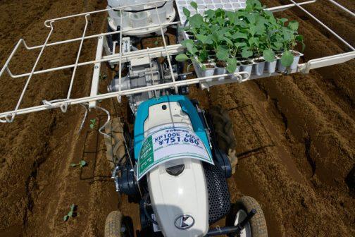 クボタ半自動移植機 KP100E-60LX 価格は消費税8%の時ですが、税込¥751,680