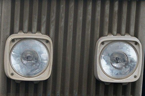 僕の見た6610、ランプ部分を拡大してみます。お!よく見ると見慣れたスタンレーではありません。フランスのランプメーカー「auteroche」ではありませんか!