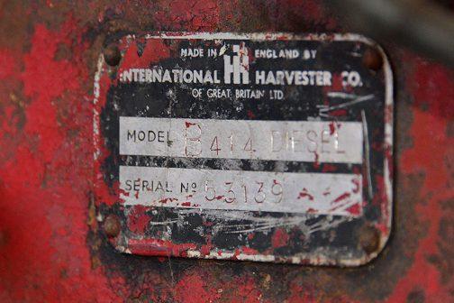 今回見た機体の銘板です。 MADE IN ENGLAND BY INTERNATIONAL HARVESTER CO. OF GREAT BRITAIN LTD と書かれていて、イギリス製だということがわかります。