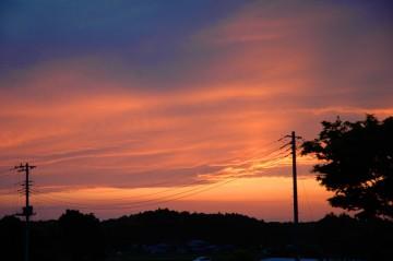 6月9日の夕焼け きれいですが 冬みたいです