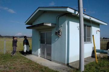 ポンプ小屋の目視点検です