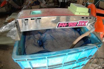 これが催芽器。水を循環させて種籾に掛け続けます。温度を一定に保つ能力あり。