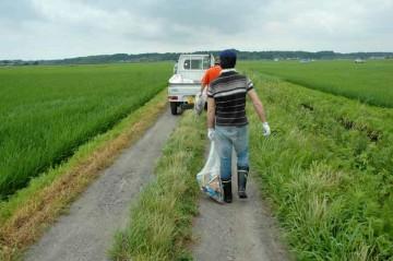 農道のゴミ拾い