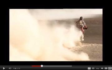 フェシュフェシュの映像がyoutubeの映像に写っています。パフパフです。沈む前に進む・・・スピードがあるからこんな感じで済んでいるのでしょうね。