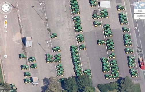 またマップで検索しちゃった・・・バーデンのジョンディアの工場にはあたりまえですけど、高価なトラクターがずらりととまっています。