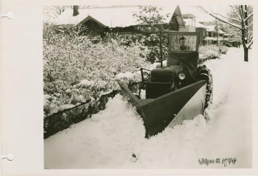 1940年・・・ホイールトラクターだった・・・