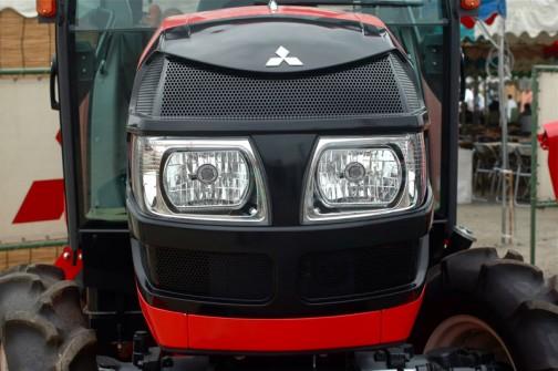 ASUMA三菱トラクタ Mitsubishi Tractor GA36HXUV 36.1馬力 排気量1547cc 水冷4サイクル3気筒ディーゼル 価格¥4,609,500 なぜか三菱のWEBページにも全く載っていなくて、ラインナップすらない謎のモデルです。