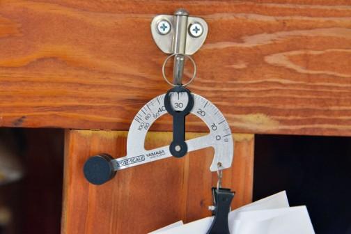 1002粒のコシヒカリの籾トレーは約30グラム・・・ということは袋の重さを引いて約26グラム。