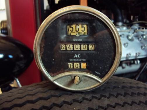 その実物です。1920年代の終わり、車に使われていたもの。