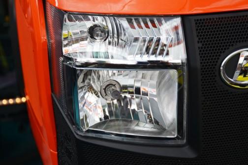 クボタトラクター スラッガー SL-60 kubota tractor SLugger SL60HCQMAN-7P 価格 6,826,680(税込み)☆60馬力☆特殊自動車3次排ガス規制に適合する最新ディーゼルエンジン☆高い電動効率とスムーズな無段変速、デュアルドライブトランスミッション(C仕様)☆クボタスマートアグリシステム(KSAS)標準装備