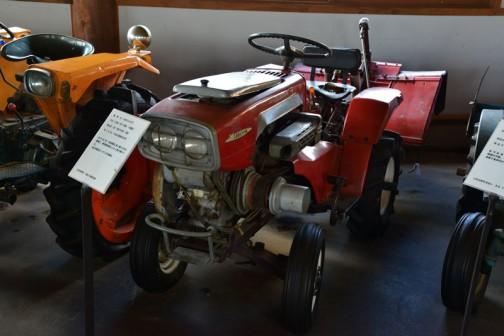 1964 KUBOTA Tractor RY70 10PS 機種名:クボタトラクタ 形式・仕様:RY-70型 10馬力