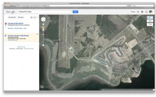 グーグルマップで調べてみると、空港のすぐ傍です・・・おあつらえ向きですね!