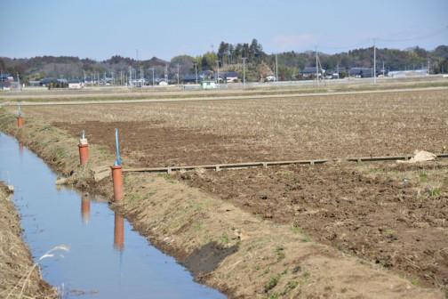 水路の柵板交換
