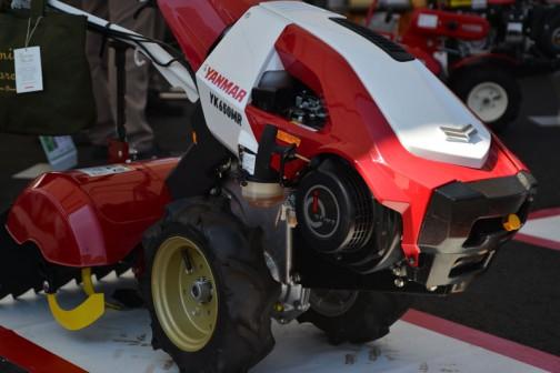 ヤンマー ミニ耕耘機 YK650MR,Z 1軸正逆転 価格¥249,480 6.3馬力 55cm耕幅 17cm最大耕深 4パターンうね立て