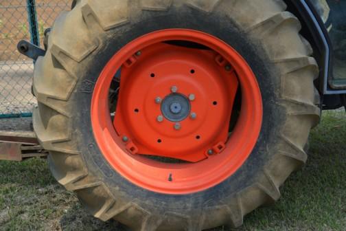 KUBOTA Tractor L4310HSTC 1998 - 2002 Grand L10 Series クボタE-TVCS 4気筒ディーゼル 2200cc 43PS/2600rpm(net)