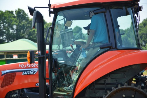 クボタトラクター レクシア Kubota tractor REXIA MR97QMAXWUPC2 価格¥10,072,080・・・と、こちらは一千万オーバー。
