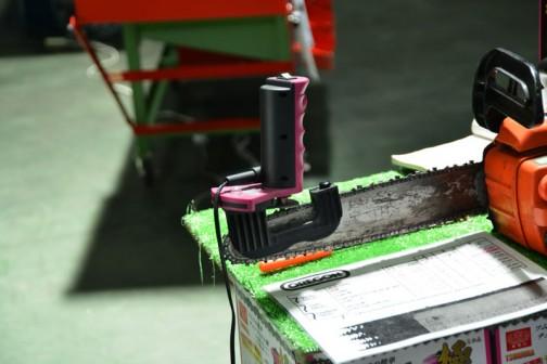 ツムラの簡単チェンソー目立て機 極(きわみ)¥13800 いつも手で適当にやっているのでちょっと気になります
