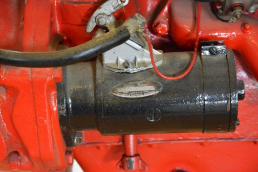 ファモールカブトラクタ 1951年(昭和26) インターナショナルハーベスタ社製(アメリカ) CUB型 9.75馬力 ガソリンエンジン