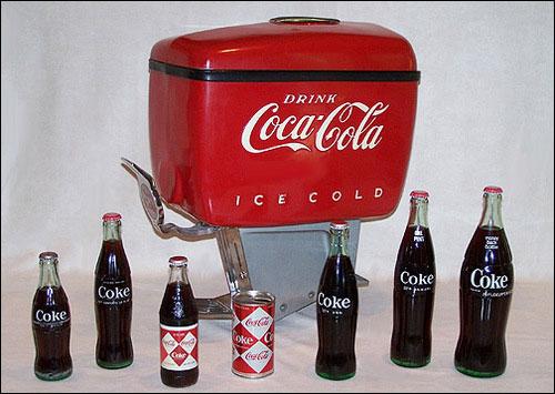 コカコーラのデザインもしているとか・・・アメリカをデザインした男といっていいかもしれませんね・・