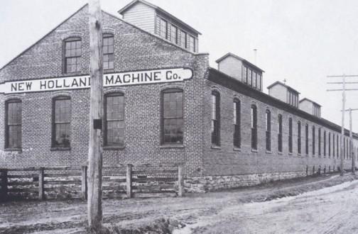 さすがに19世紀の納屋ではないでしょうけど、充分に古い写真(ウィキペディアより)