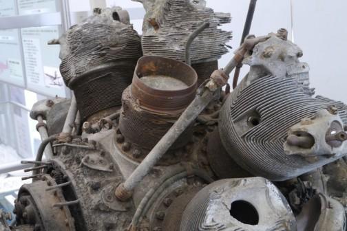 所沢航空発祥記念館で見た、三菱の火星エンジンだったと思います。星形エンジンのフィンは細かい・・・それに匹敵するかも。