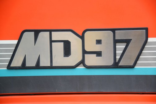 今日はNさんに連れて行ってもらった、クボタ筑波工場での関東甲信越クボタグループ「元氣農業応援フェア」2016で見たクボタトラクターMD97「撮りトラ」です。