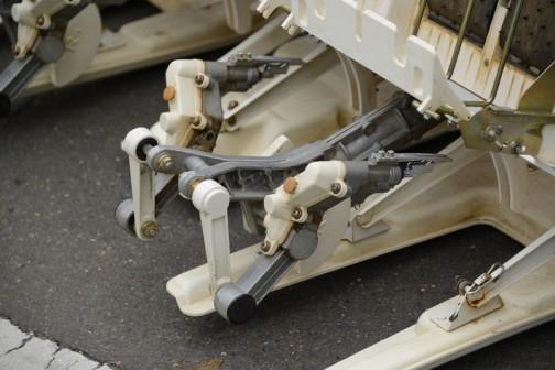 謎の写真が一枚余ってしまった・・・他の写真から類推すると昨日のヤンマーPe-1xの左に見えるイセキ田植機PP4-Sピッコロの写真じゃないかなあ・・・なんて思います。
