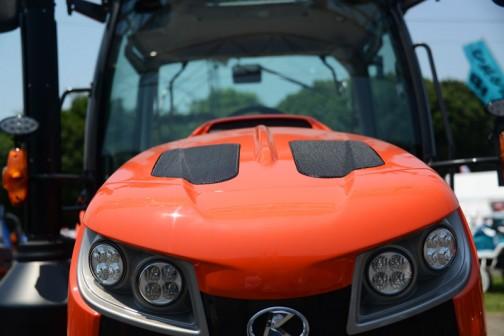 クボタ新型トラクター「ジェネスト」M115GEFQBCMR3 価格¥13,700,880
