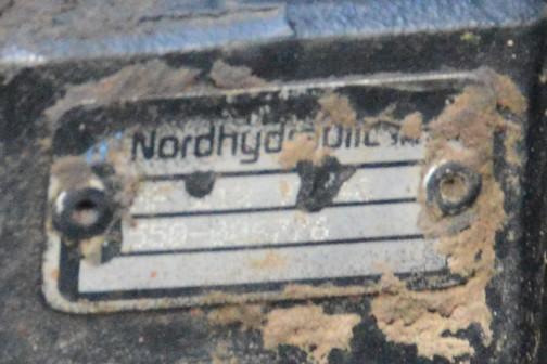 箱の一部を拡大してみます。nordhydraulicと書いてあります?