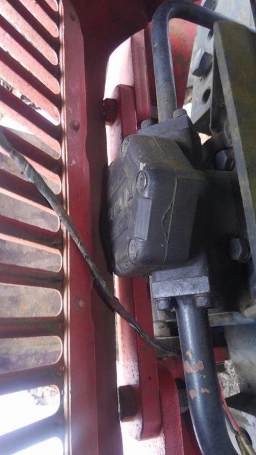 後期型S-30Aエンジン。回転取り出した先はどうなっているんだろうと思ったら、ちゃんと写真も送ってくれました。