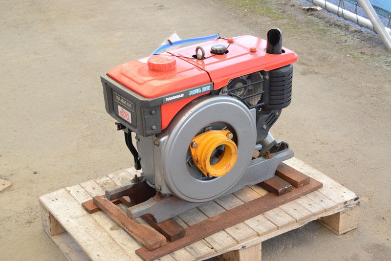 ヤンマーのディーゼルエンジンです。