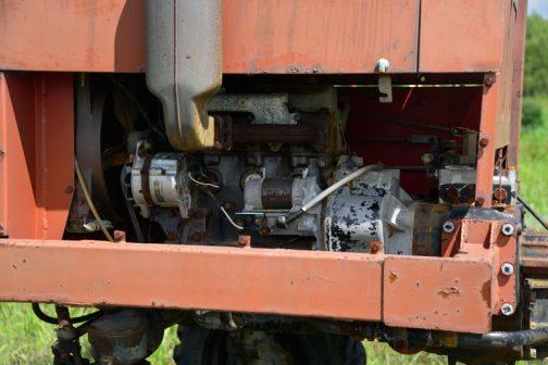 エンジンは3気筒でしょうかね・・・