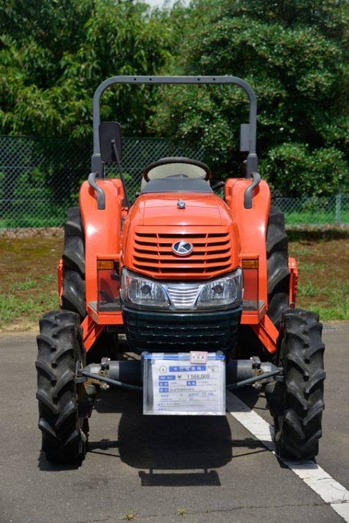 クボタトラクター 型式 KL27FBMANF6 中古価格 ¥1,566,000 使用時間 573時間 ボディにはKL270と書いてありますが、型式はKL27FBとなるのでしょうか?