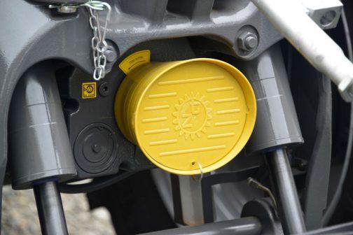 歯車にTZのマーク。これ、クボタのM7001シリーズについているのを以前見ました。Zuidbergですよね!