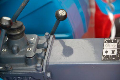 三菱農用トラクタ D1300 13PS/2700rpm 0.669ℓ