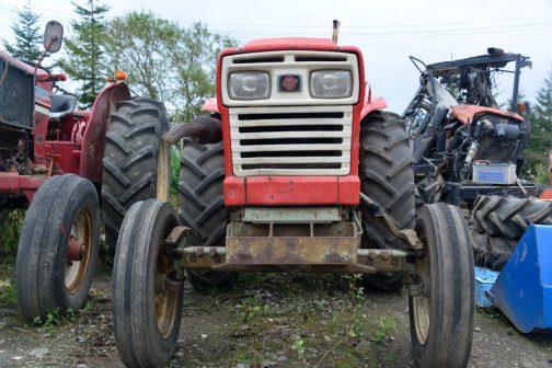 Rというと「レーシング」のイメージですが、トラクターですからねぇ・・・一体どこがRなのでしょう?