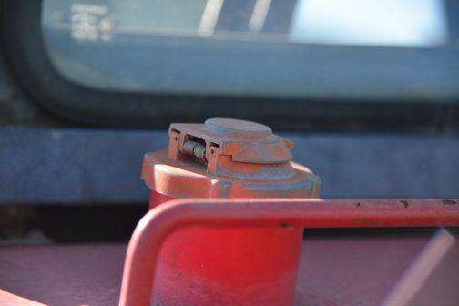 こちらは燃料タンクキャップ。