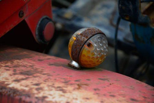 ゴルフボール型ウインカー。遊び心があって、これ好きです。どこのメーカーで作っていたのか知りたい・・・