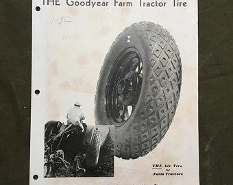 追いかけるグッドイヤーは当初ダイヤモンドパターン推しだったようです。タイヤがむき出しのトラクターはそのパターンが丸見えですから、ファイアストンのパターン戦争に乗ったということですね。