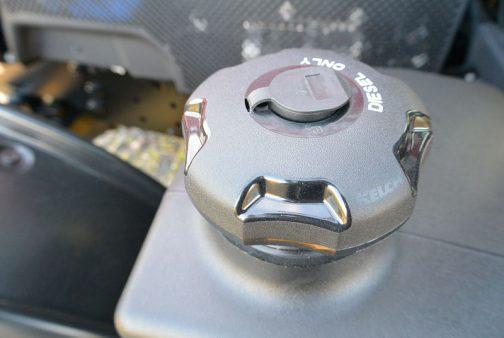 タンクキャップ。これは間違いなく外国製。KELCHというメーカーのものです。キャップだけが外国製なのか、それともタンクごとそうなのかはわかりません。