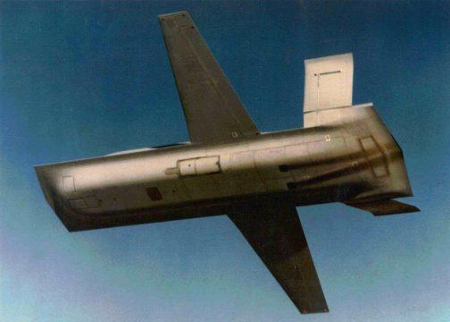 航空機のほうがトラクターに似ているとひょうげんしたほうがいいのかなぁ・・・