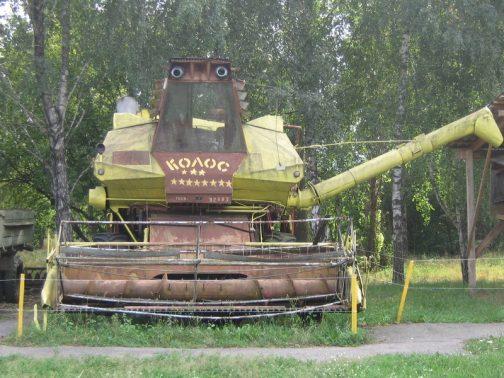 戦車のようにも見えますよね。これはチェコスロバキアに輸出されたタイプ。緑は似合いませんねぇ・・・