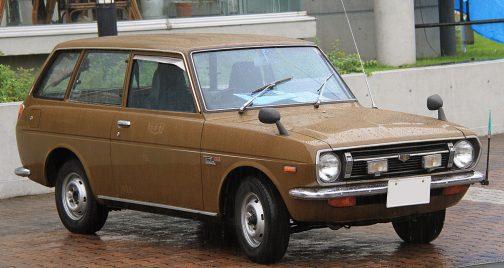 トヨタ・パブリカ 1969年の形だそうですけど、商用車でもそこそこ似たような形です。