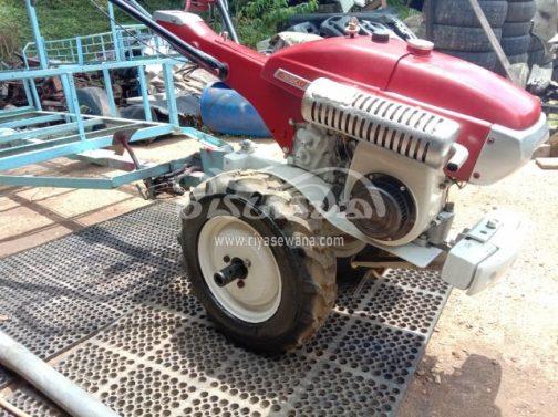 空冷の単気筒エンジン。これは石油発動機なのでしょうか・・・